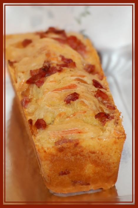 cake-au-reblochon-et-aux-lardons